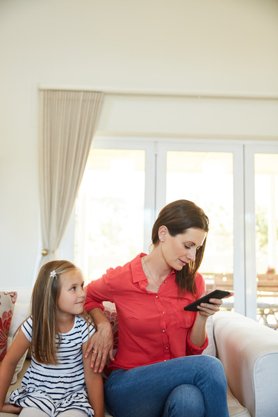 Signs You're A Digitally Distracted Parent