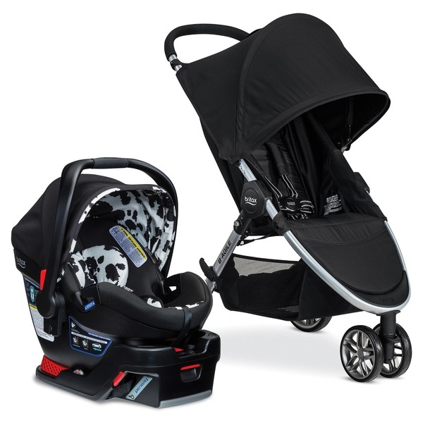 A Car Seat/Stroller Travel System