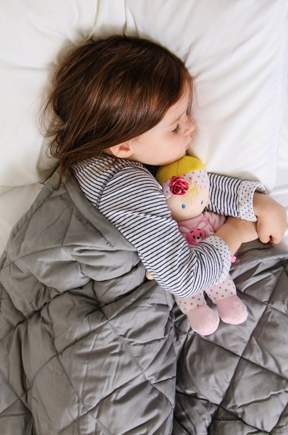 I Finally Tried A Weighted Blanket For My Kids — I Shoud've Done It Years Ago