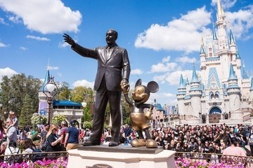 Disney Parks Hacks For Your First Family Trip