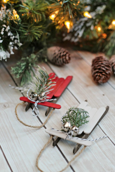 Easy DIY Christmas Ornaments To Make With Your Family
