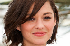 Classy And Simple Short Haircuts For Women Over 40
